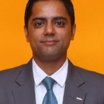 Profile image of tour guide Debendra