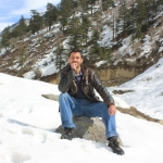 Profile image of tour guide Tanveer