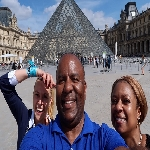 Profile image of tour guide Iuliana Excellency Tours